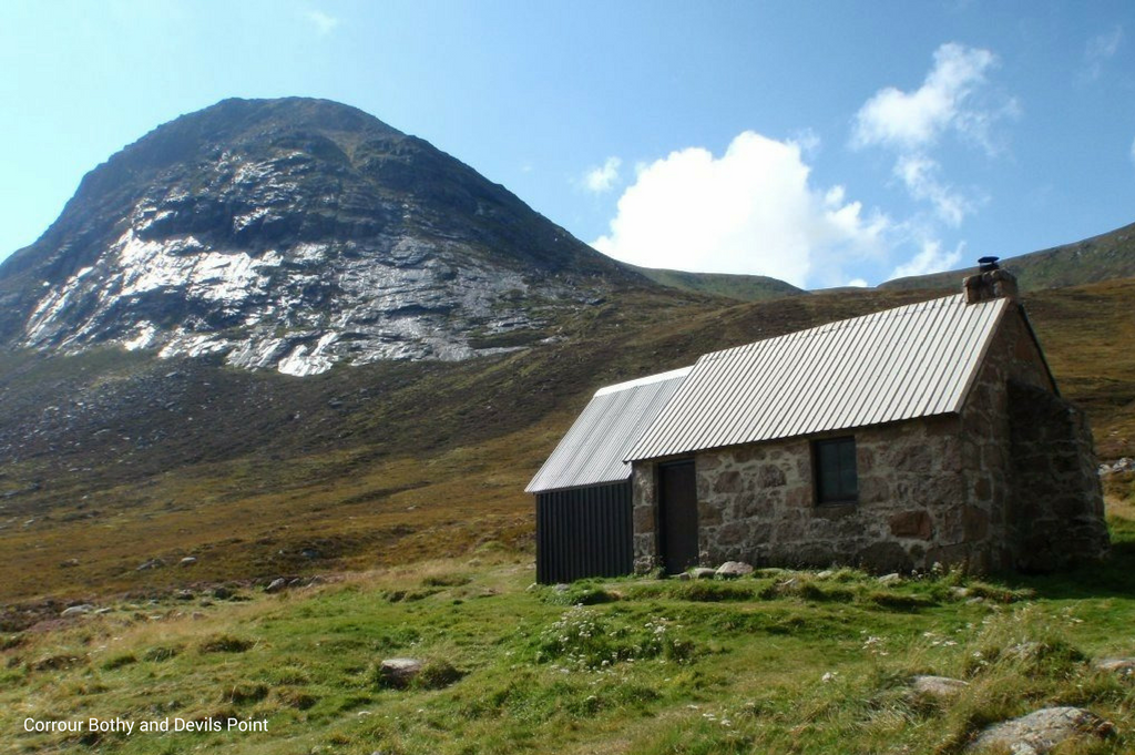 corrour bothy and devils point with caption
